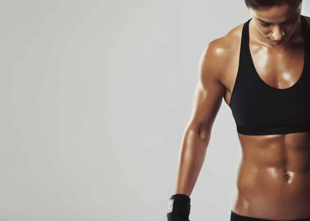 تمارين بناء العضلات أم تمارين اللياقة