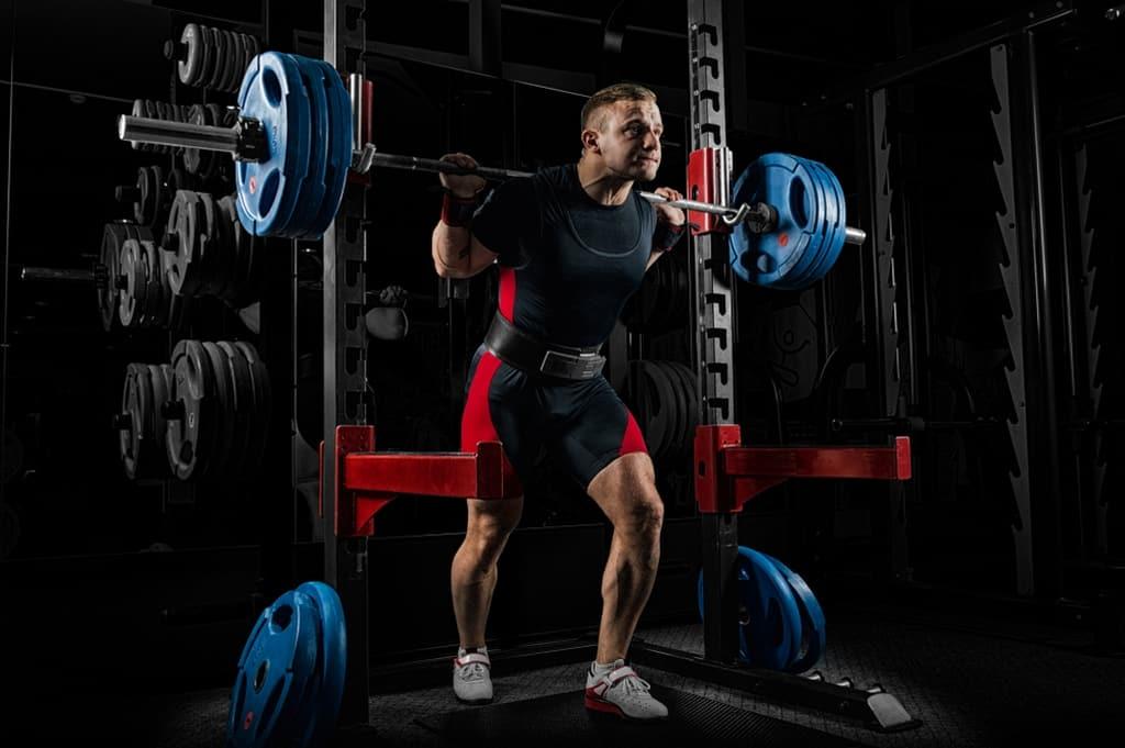 فوائد حزام الظهر لكمال الأجسام